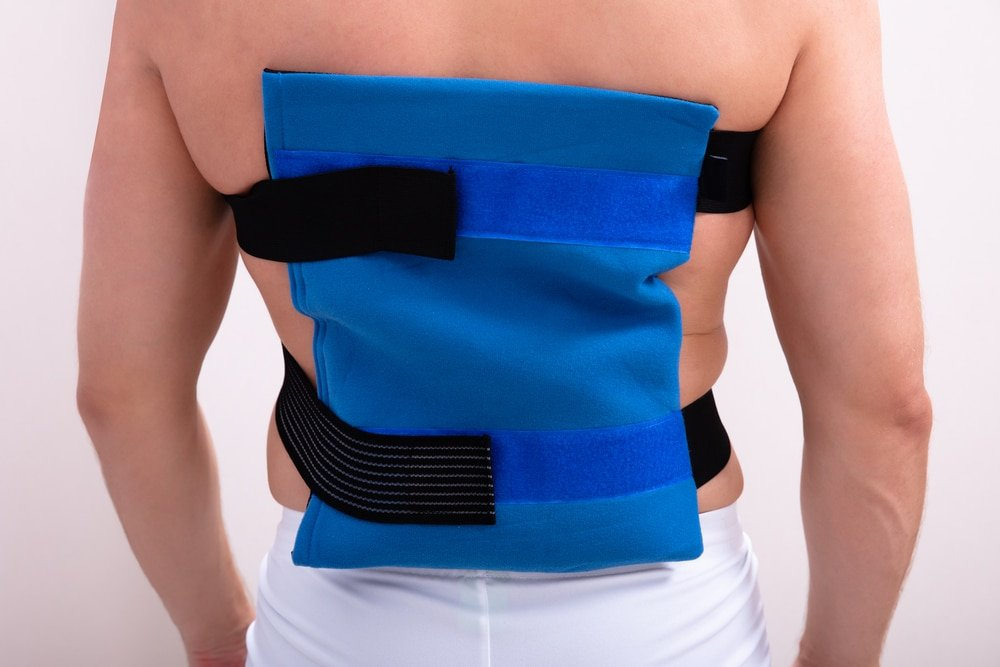 how to treat back pain with ice
